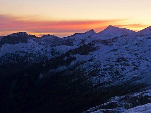 Sunset over Hidden Lake Peaks
