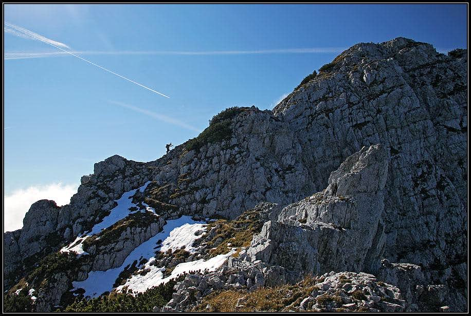 Ascending by the E ridge of Kladivo