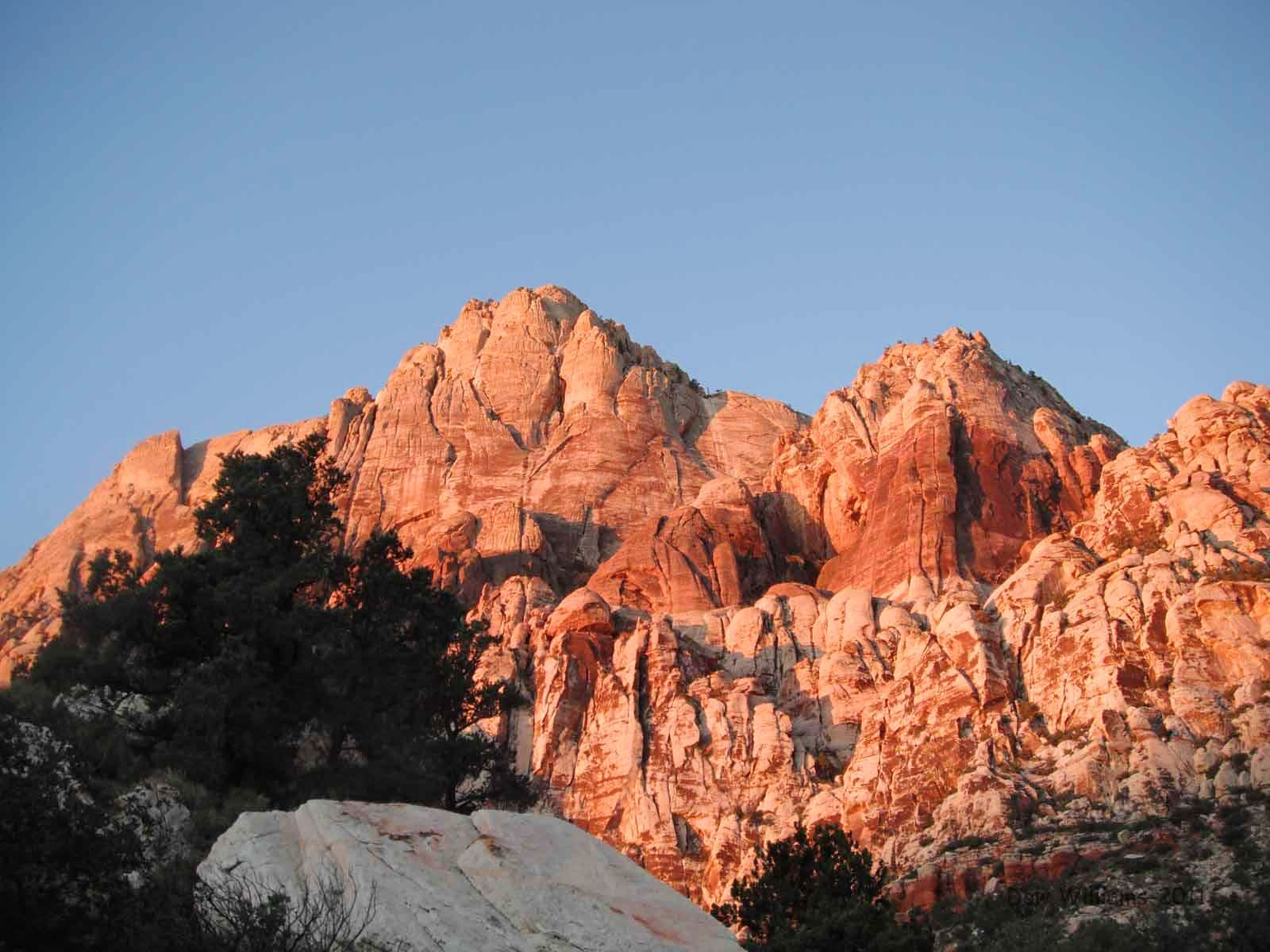 Cinnamon Hedgehog, 5.10a, 6 Pitches
