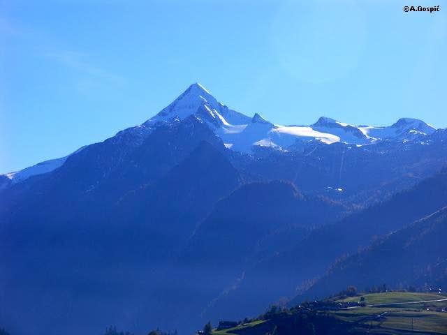 Kitzsteinhorn (3202m) is...