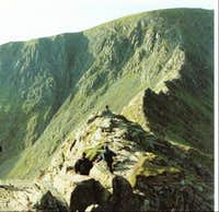 Striding Edge looking to...