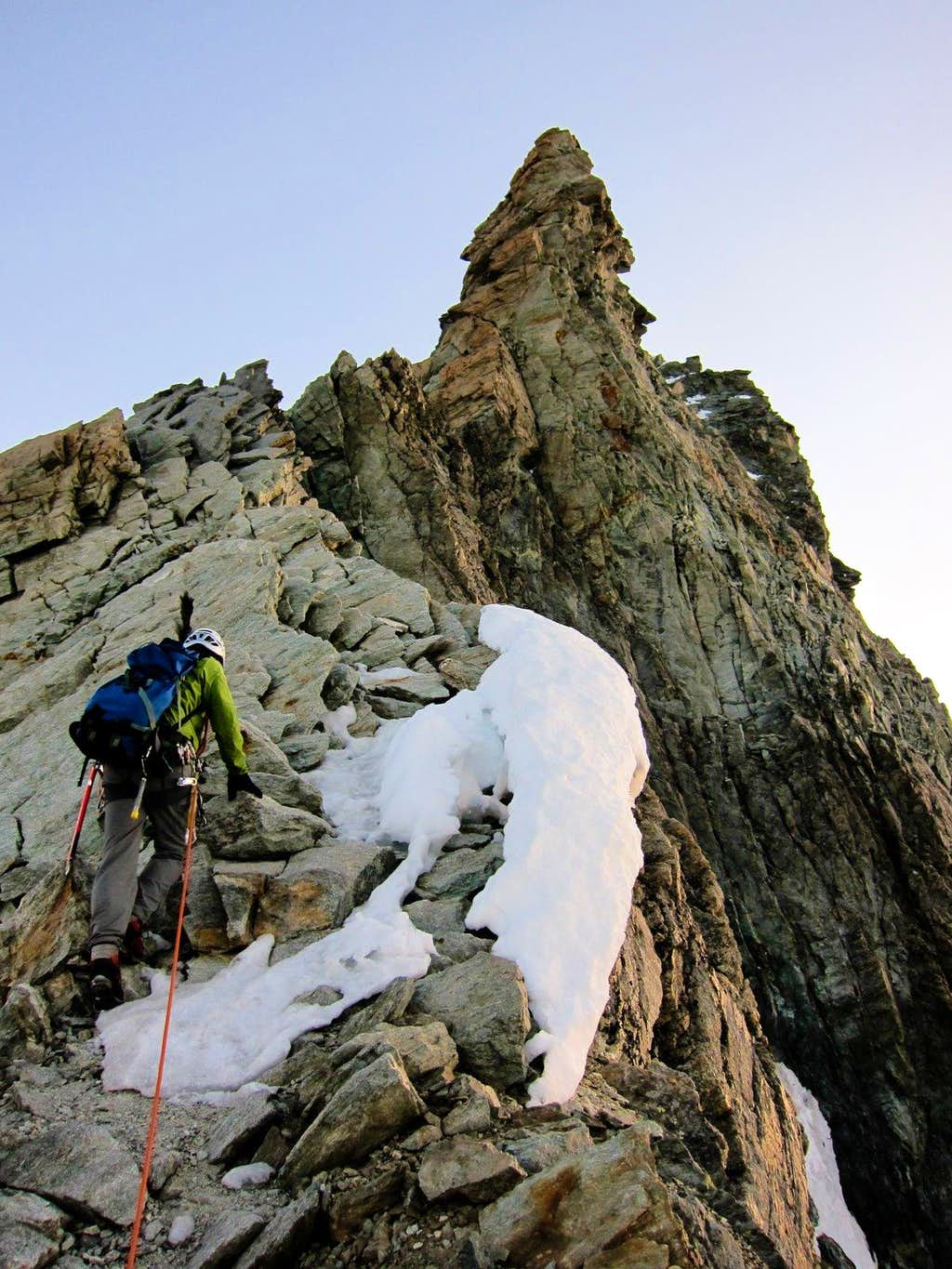 Climbing south ridge of Dent Blanche