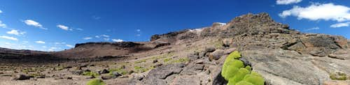 Panorama of the long northwest ridge of Nevado Huarancante