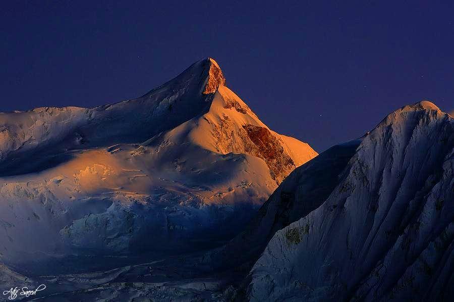 Malubiting Peak 7458m