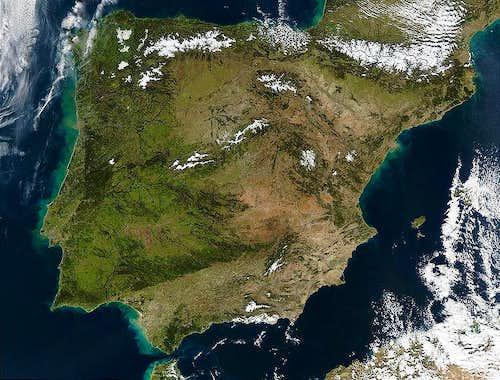 Iberian Peninsula's Top 100 Prominent Peaks
