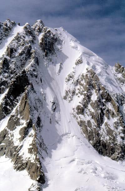 Closer look at the Aiguille...