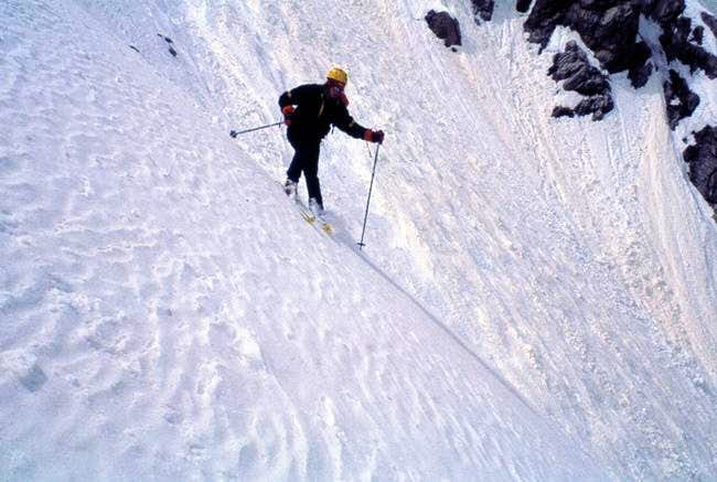 Spring 2000, Skiing the S-Face.