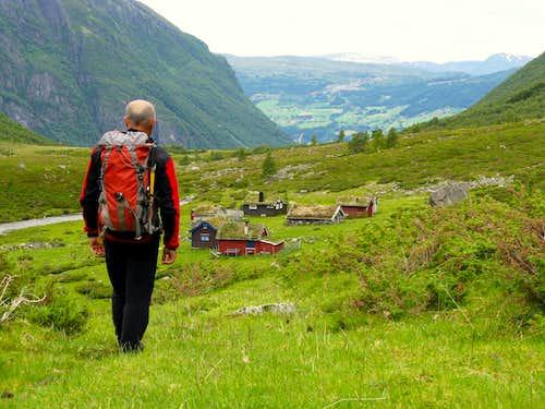 Eggjenibba, the ending descent to Eggjestoylen