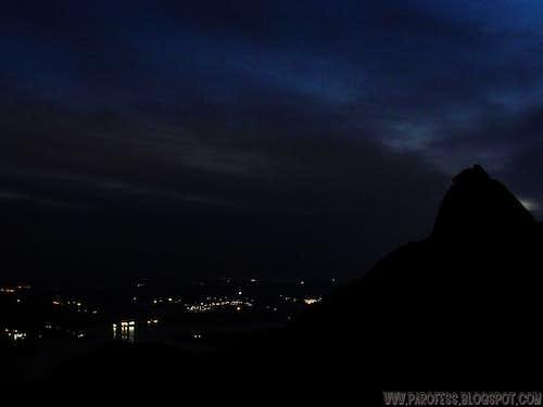 Lopo Peak at night