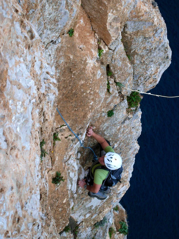 Porto Sciusciau cliff - Brivido Blu Route
