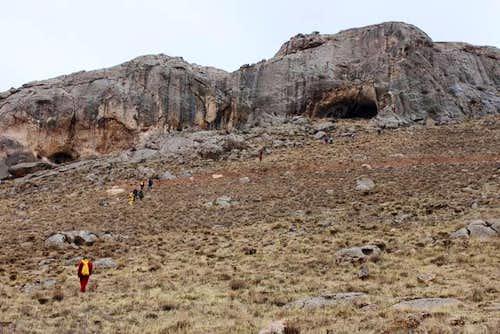 Qalekord Cave