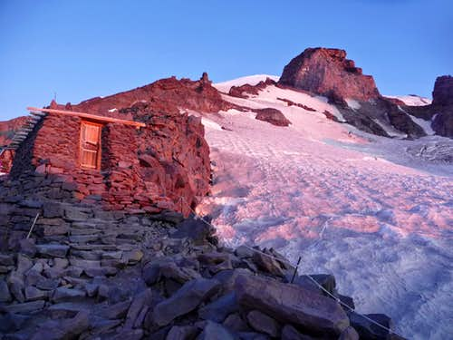Sunrise on Camp Muir