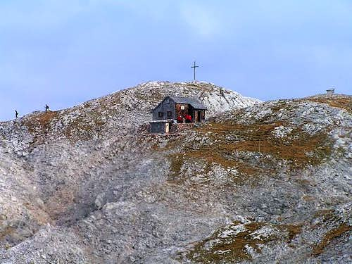 Edelweiss Hut and the summit...