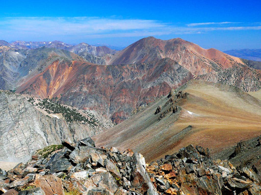 Warren Fin north to Dunderberg Peak