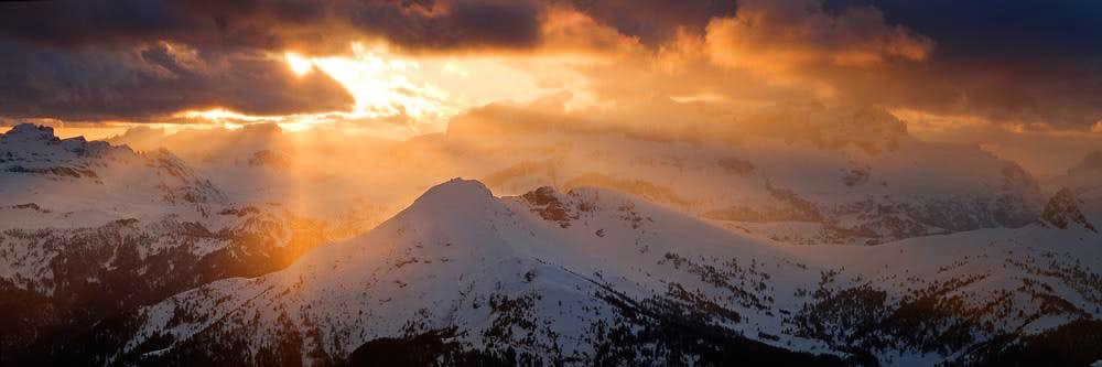 Marmolada Sunset rays