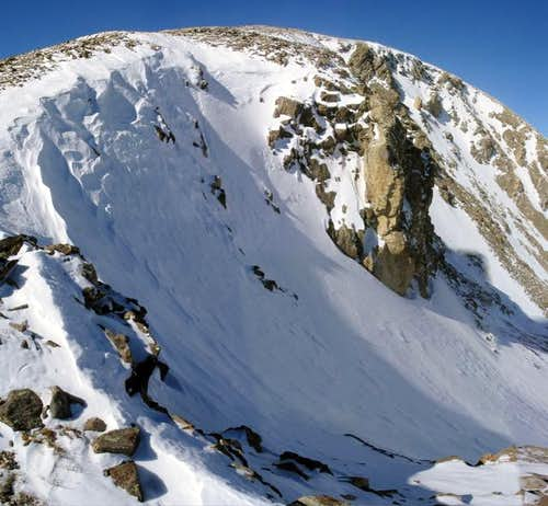 An intriguing-looking couloir