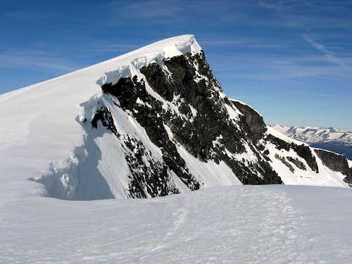 Glittertind summit ridge