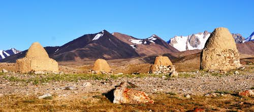 Buddhist Tombs, Big Pamir