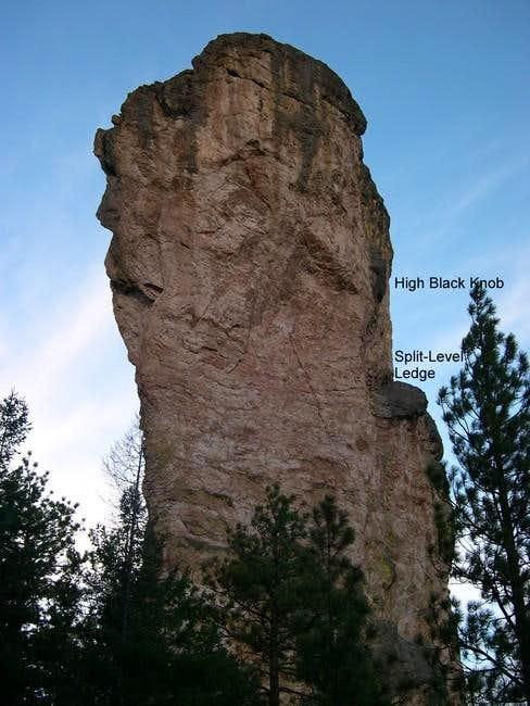 how tall is steins pillar