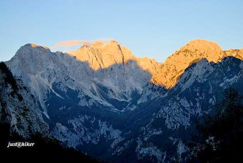 Morning sun rays above Logarska valley
