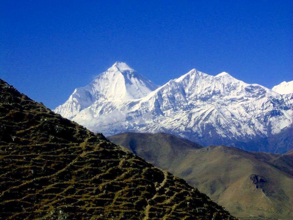 Annapurna trail - Dhaulagiri seen nearby Thorung Là Pass