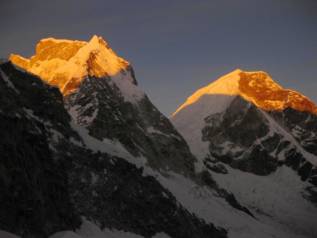 Early morning on Huascarán Sur and Norte