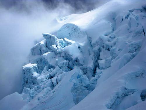 Icefall detail on Huascarán