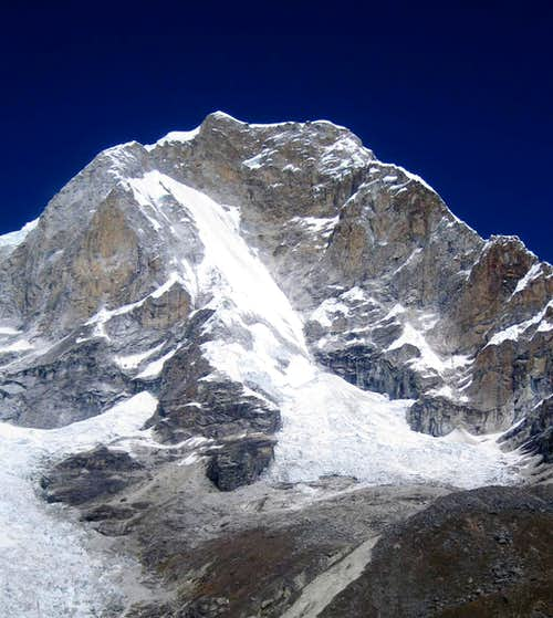 The NE face of Huascaran Norte