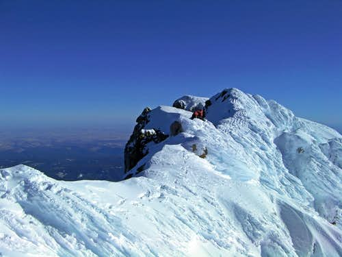 Mount Hood\'s Summit Ridge