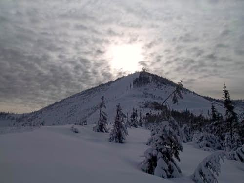 Looking at the summit from the northern ridge