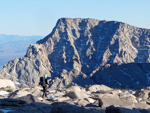 Hiking down with Lone Pine Peak