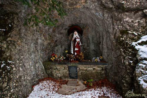 St. Kinga's grotto at Zamek Pieninski