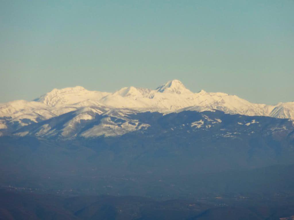 Italian Central Apennines, Monte Corvo and Grand Sasso range: Monte Corvo, Pizzo Intermesoli, Corno Grande