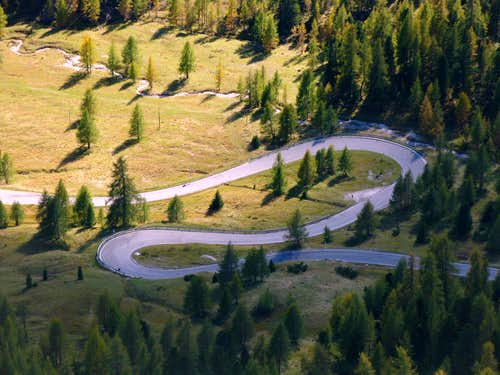 An hairpin on Cortina - Falzarego Pass road