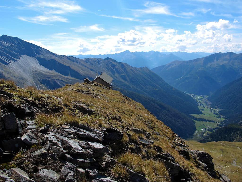 Elschesattel col below Grauleitenspitze...