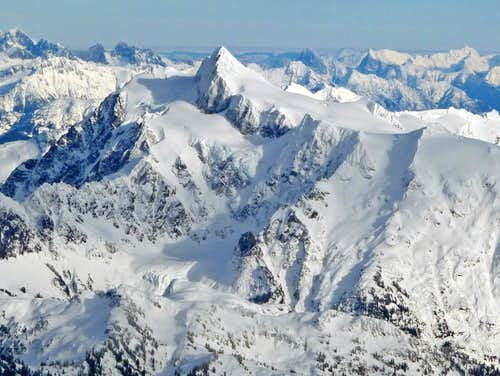 Mount Shuksan\'s Beautiful West Face