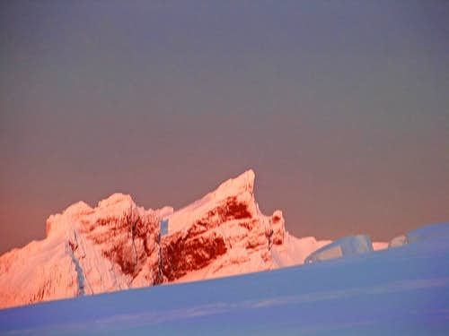 Alpenglow on Lincoln Peak