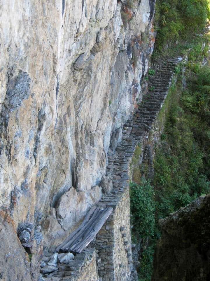 Closer view of the Inca drawbridge