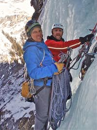 Ice climbing - Hanging belay on Cascade de Bonatchiesse