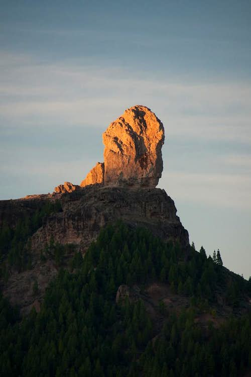 First light of the day on Roque Nublo