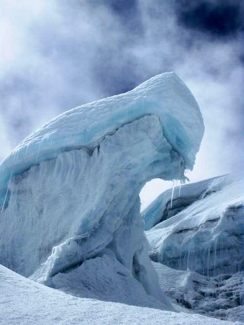 Ice sculpture on Vallunaraju