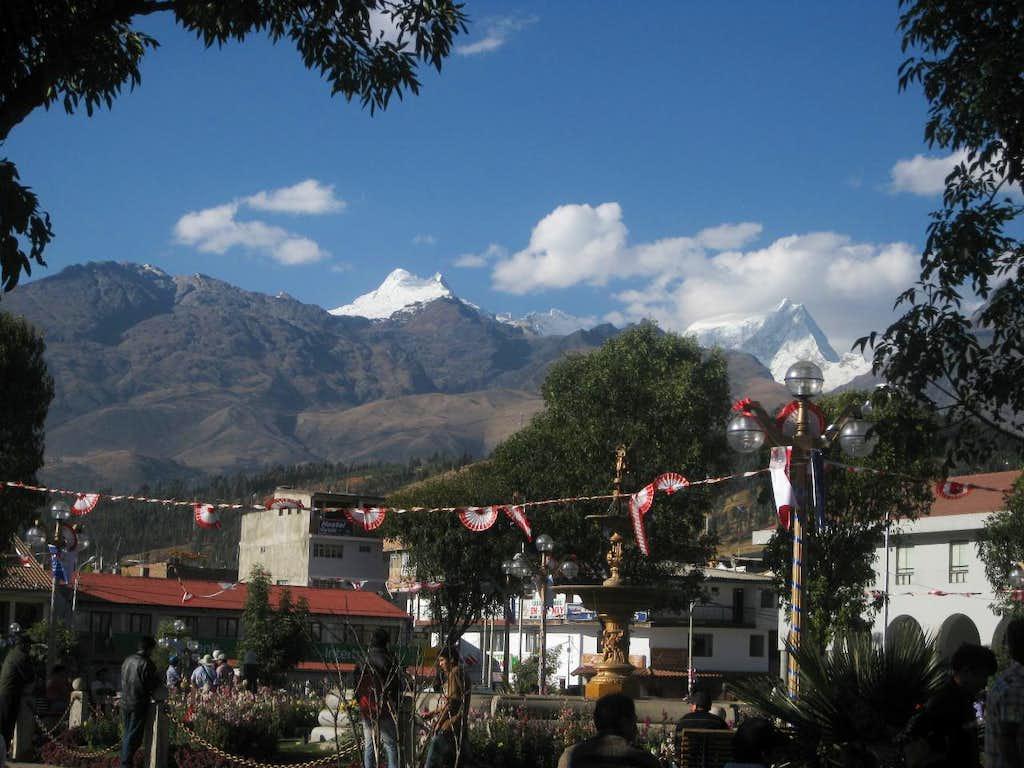 Vallunaraju and Ranrapalca from Huaraz