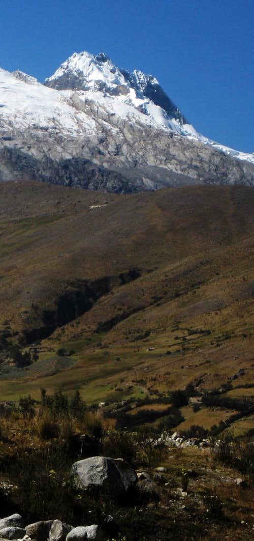 Shacsha (5703m)
