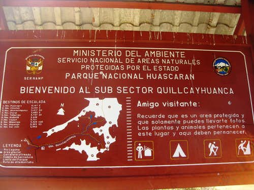 Quebrada Quilcayhuanca trailhead sign