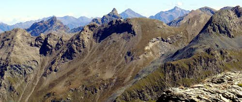 Punta di Plan Rué-Devil's Great Crest-Great Avert from North to South