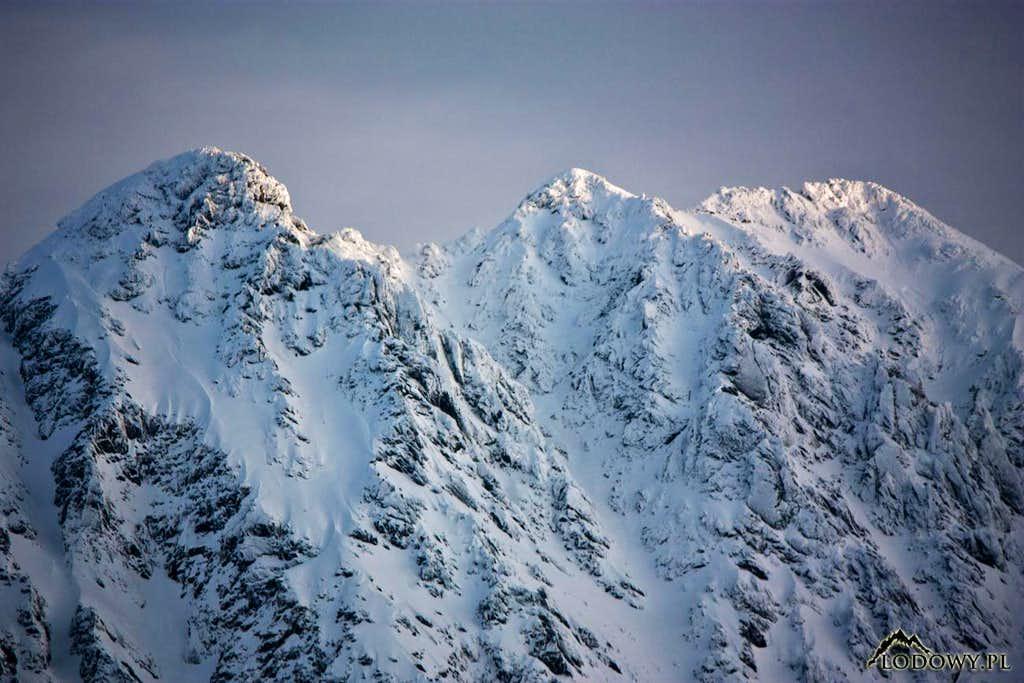 Three summits of Granaty