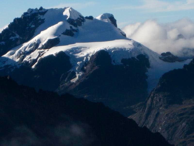 Nevado Maparaju
