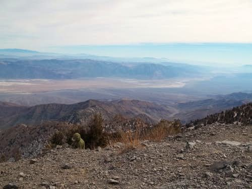 Looking at Death Valley from Telescope Peak