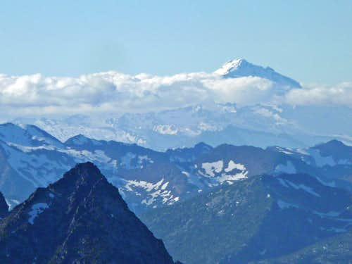 Looking towards Glacier Peak