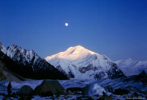 Baltoro Kangri below moonlight